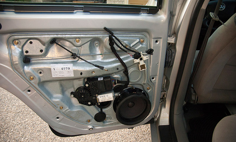 Is your power window stuck door locks broken? We can help fix it! & Power Window and Door Lock Repair Sarasota