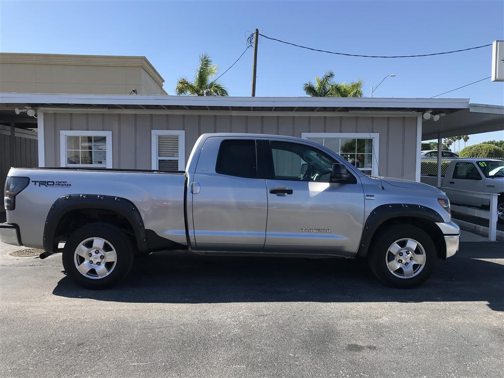 2007 Toyota tundra  Double Cab SR5 RWD One Owner