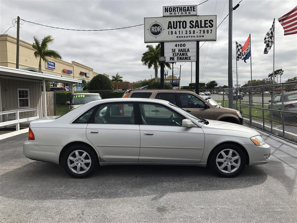 2000 Toyota Avalon XL One Owner